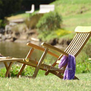 Teak Folding Steamer Chair with cushion – Captain